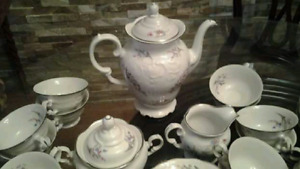 A Rare and Beautiful Set of Fine Walbrzych China from Poland