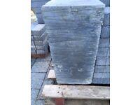 1x Padstone unusual size of 440 x 300 x 215mm