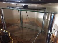 Glass TV stand in great condition