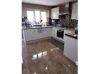 1 x SINGLE ROOM TO RENT IN NEWLY RENOVATED PROPERTY! 3 MIN WALK TO LEYTON STATION ref #1004