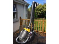 Dyson vacuum cleaner 519A
