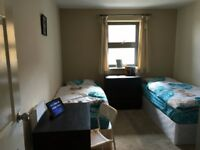 Twin room - to share with a WOMAN - to rent in Bromley by Bow, all bills included, free wifi, ID:680