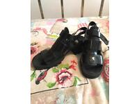 Size 5 Jelly shoes