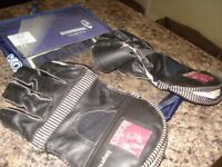 Youths wicket keeping gloves