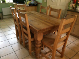 Chunky country farmhouse rustic solid pine 5' x 3' wooden dining table and 6 chairs
