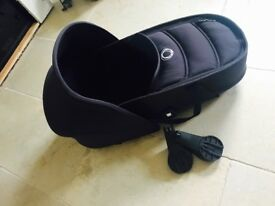 Bugaboo bee carrycot with hood & adapters