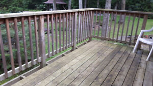 1 Bedroom Appartment Upper level on 10 acres Utilities Included