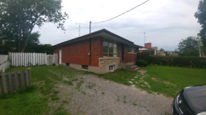 **ALL INCLUSIVE 3 BEDROOM HOUSE**