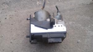 1996-1998 Bmw 525,528 & 530i *ABS Pump Module*