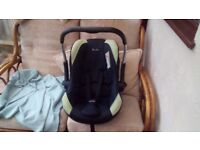SILVER CROSS BABY CAR SEAT. EXCELLENT CONDITION. COST £150 NEW SELL FOR £30