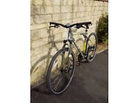 2014 GT Transeo 3.0 Hybrid Bicycle, 24 speed, Large frame - 19 inches, Wheels 28 inches
