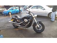 Head turning Suzuki intruder VZ 800 K7