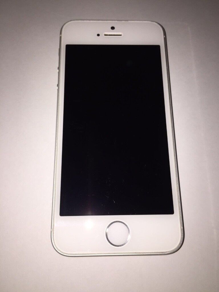 iPhone 5s 32GB Silver Unlockedin Morden, LondonGumtree - iPhone 5s 32GB Silver EE Unlocked Hardly used, mint condition. iTunes ready, factory reset. No box, no charger. £130 cash on collection. Thanks