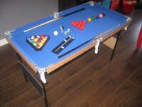 Pool / Snooker Table 4ft x 2ft with all the accessories