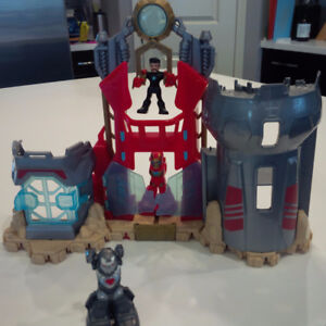 Imaginext Playskool Action Figures and Iron Man Armor Fortress
