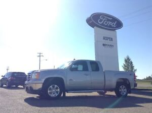 2013 GMC Sierra 1500 SLE, LOW KMS, LIFETIME POWERTRAIN
