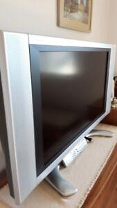 32' Sharp flat sreen TV & Motorola cable box