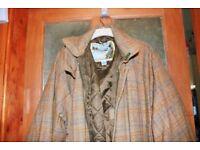 Gents tweed coat by Bronte