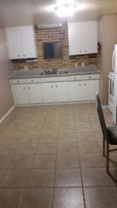 1 bedroom basement apartment 695 all inclusive