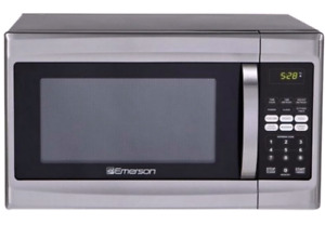 Excellent Emerson microwave for sale