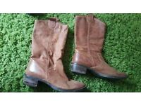 Size 7 leather ladies boots