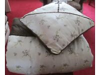Queen size - BEDSPREAD, quilted padded, heavy, cream delicate floral design with matching cushion