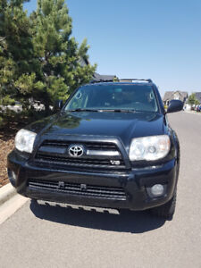 2007 Toyota 4Runner Limited SUV, Crossover