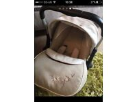 Silver cross car seat with cosy toes