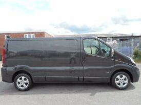FINANCE ME!! NO VAT!! stunning lwb vauxhall vivaro sport with only 118k in midnight black. FSH!!