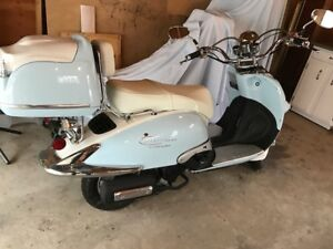 2014 Benzhou Scooter for SALE $3500.00 OBO