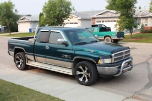 1999 Dodge Power Ram 1500 lots of chrome Pickup Truck