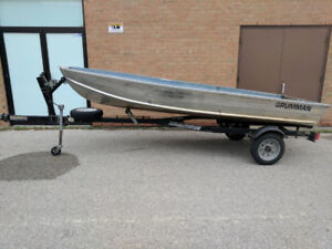 14ft Aluminum Fishing Boat with Boat Trailer - Solid Condition
