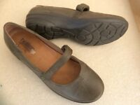 Hotter shoes sz 6 grey