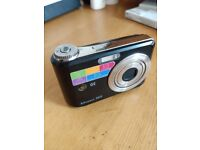 GE A835 Digital Camera 8MP Boxed with PC cable