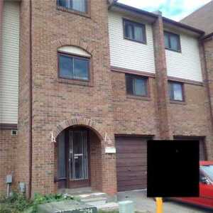 Spacious 3 Bedroom Townhouse In The Heart Of Brampton