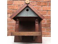 Solid bird house