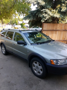 2006 Volvo XC70 AWD in Beautiful Condition