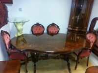 Lovely italian dining table and 4 chairs. excellent condition.