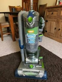 VAX Mach 6 vacuum cleaner - perfect working order.