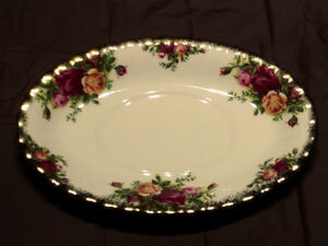 Royal Albert, Old Country Roses, Gravy Boat Underplate Only