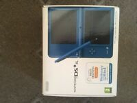 NINTENDO DS i XL. BLUE. BOXED. LIKE NEW. PLUS 10 GAMES .CARRYING CASE AND BAG