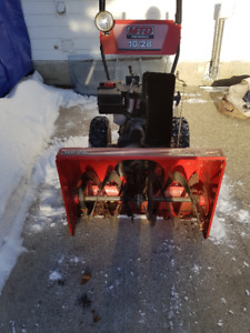 Snow King MTD Yard Machines 10/28 Snowblower
