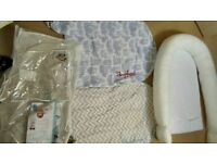 Sleepyhead deluxe, birth to 8 month portable baby bed, with 2 covers