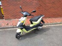 Keeway Flash 50cc Moped ( Plus accessories )