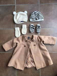 Girls coat 18-24 months, 3 hats, 2 pairs of mittens