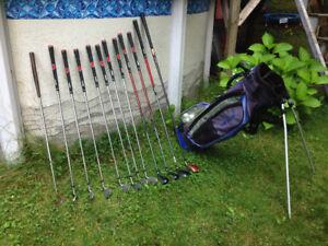 Bâtons et sac de golf pour gaucher