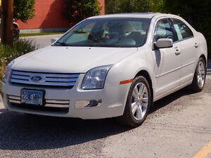 2008 Ford Fusion SEL AWD, Low Milage