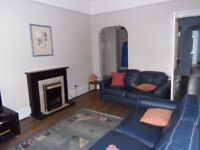 Paisley 2 bed flat for sale