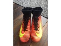 Nike Mercurial Veloce football sock boots