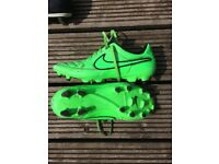 Nike Tiempo football boots - size 6